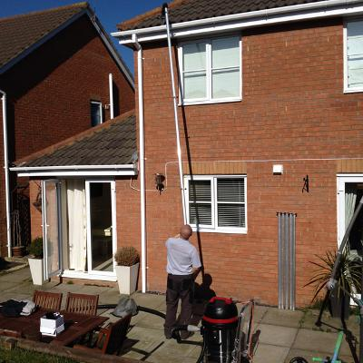 gutter clean lincolnshire